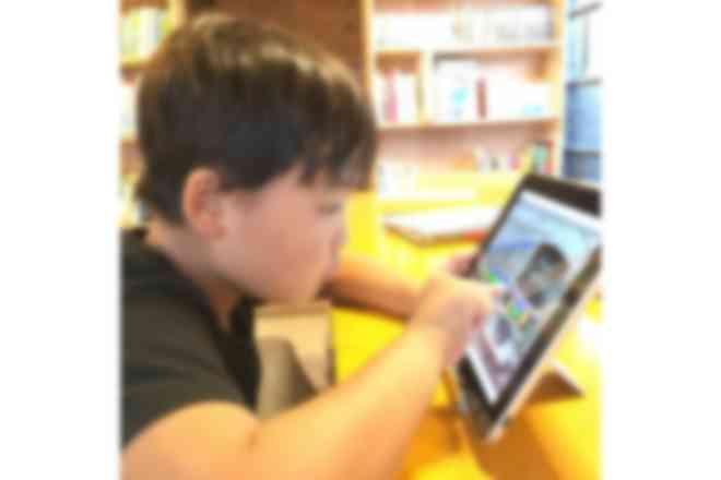 iPadを使った活動の様子