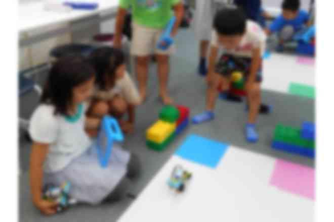 WeDoで作ったロボットを使って競技に挑戦