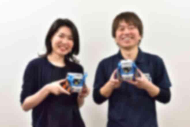 「タミヤロボットスクール」代表・安中剛さん(写真右)と高井戸教室 講師・多田淑恵さん