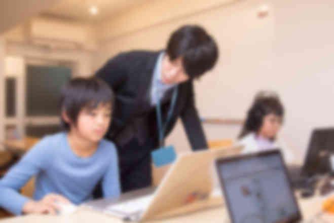 谷町九丁目駅すぐ!ゲームづくりを通して本格的なプログラミング学べます。
