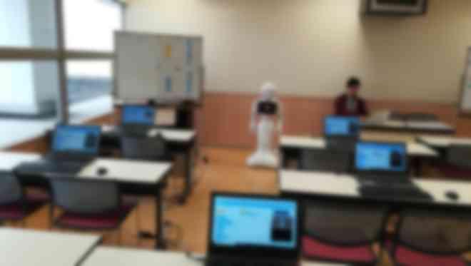 教室風景と講師