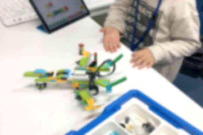 レゴ®ブロックで自分のアイデアを形にできる!