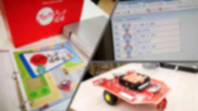 クルマ型ロボットを自分が組んだプログラムで動かします