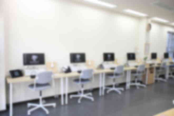 教室内の雰囲気です。全部で12席分ございます。