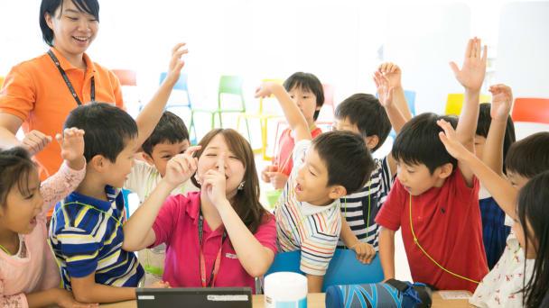 ゲーム作りを通してプログラミングを学べる教室を、鎌倉駅から徒歩1分の場所に開校
