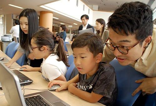 総務省「若年層に対するプログラミング教育普及推進」事業に選ばれました
