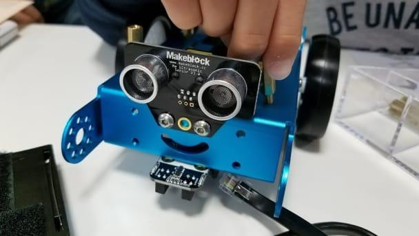車・3Dプリンター・楽器自動演奏・・・ロボットの形や動きは想像力次第